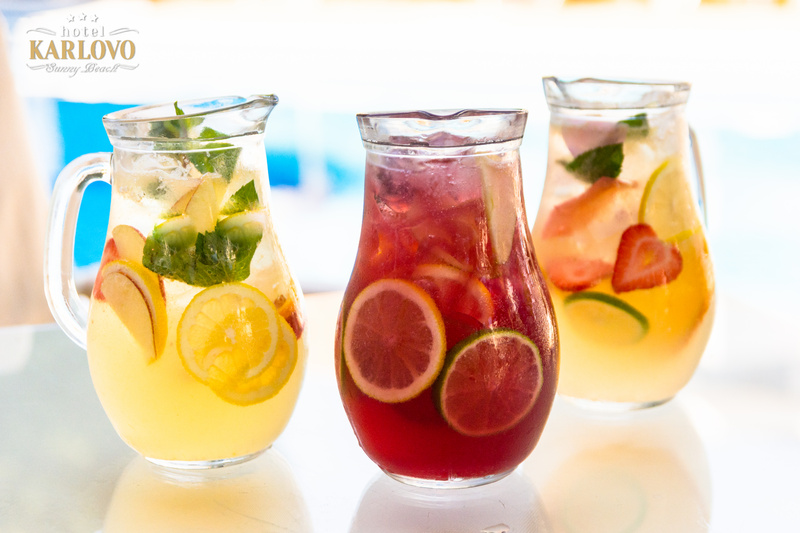 It's time for cool fresh drinks!